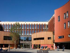 มหาวิทยาลัยประเทศอังกฤษ ปริญญาโทประเทศอังกฤษ Anglia Ruskin University Cambridge